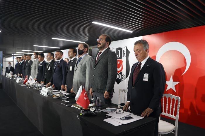 Beşiktaş'ın toplam borcu 4 milyar 382 milyon lira