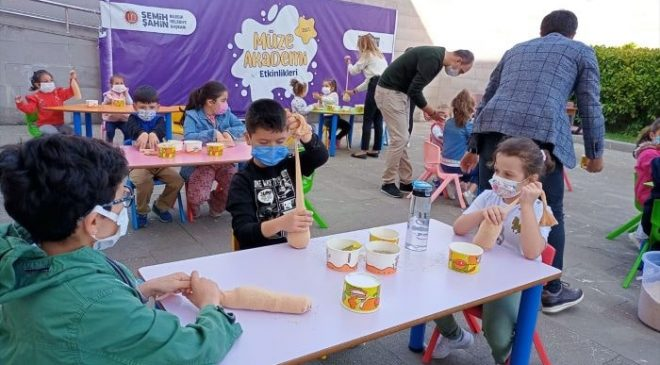 Bilecik'te çocuklar Yaşayan Şehir Müzesi'ni çok sevdi