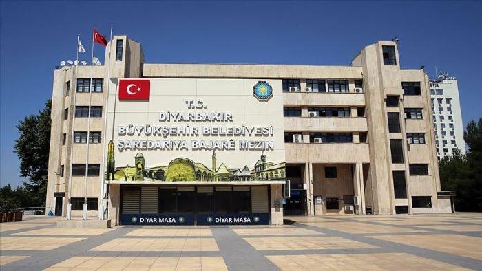 Diyarbakırlı üniversite öğrencilerine belediyeden destek