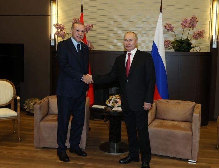 Suriye'de barış Türkiye ile Rusya ilişkilerine bağlı