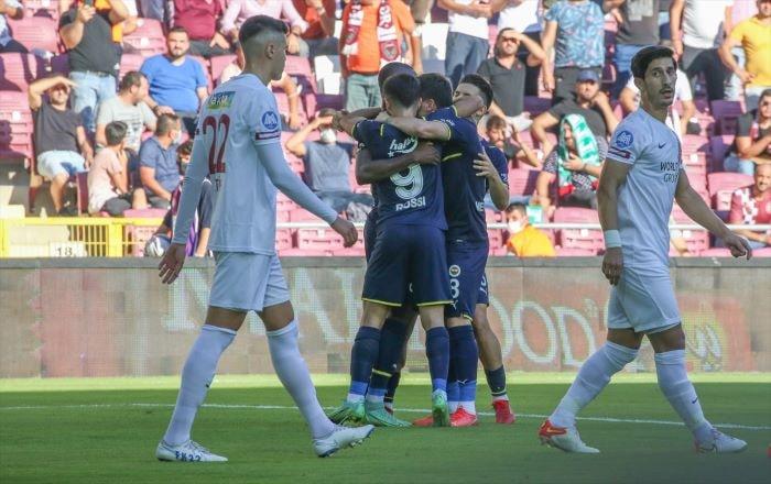 Fenerbahçe, deplasmanda Atakaş Hatayspor'u 2-1 yendi