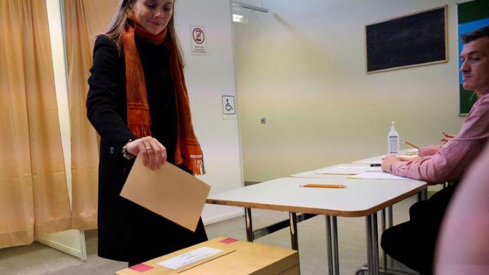 İzlanda meclisinde kadın vekillerin sayısı erkekleri geçti