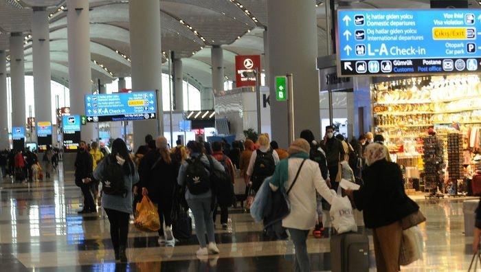 Türkiye'de 8 ayda 75,7 milyon kişi hava yolunu kullandı