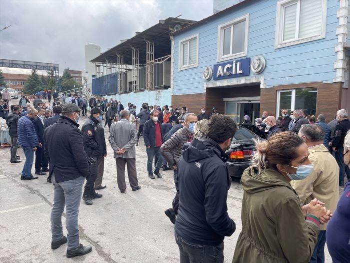 Bartın'da midibüs devrildi, Belediye Başkan Yardımcısı Kömeç öldü