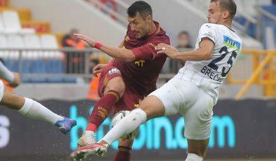 Göztepe, deplasmanda Kasımpaşa'yı 2-1 yendi