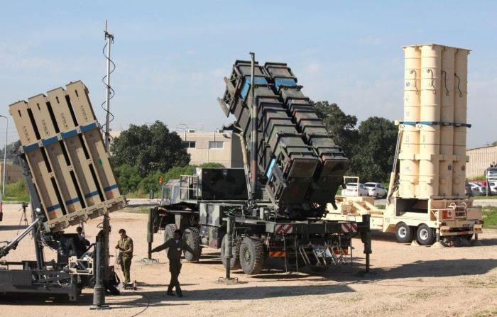 İsrail Çekya'ya hava savunma sistemi sattı