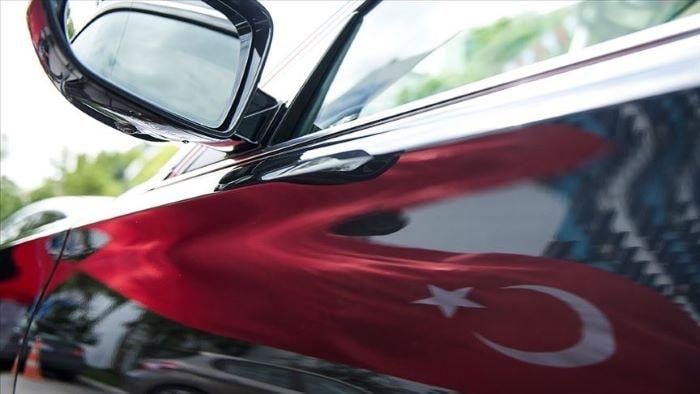 Otomobil ve hafif ticari araç pazarı büyümeye devam ediyor