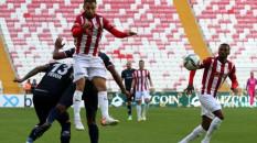 Sivasspor, Antalyaspor ile 2-2 berabere kaldı